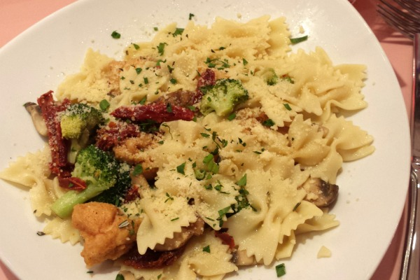 american girl bistro bowtie pasta with chicken