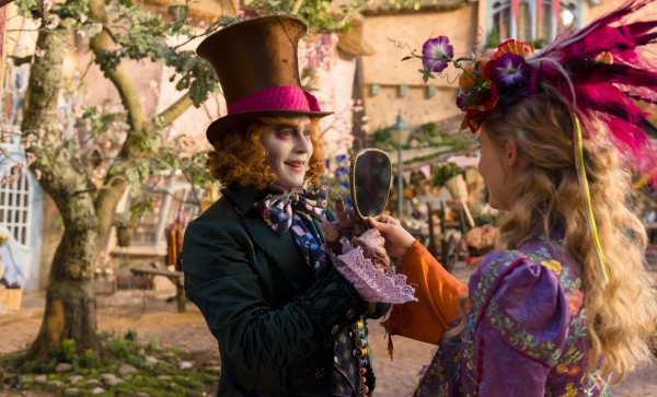 AliceThroughTheLookingGlass_AliceandMadHatter